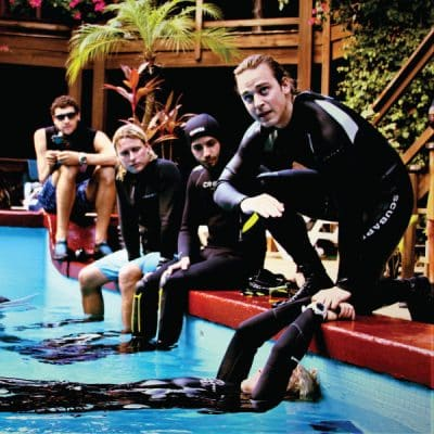 PADI MASTER INSTRUCTOR PREPARATION UTILA DIVE CENTRE SCUBA DIVING PROFESSIONAL TRAINING